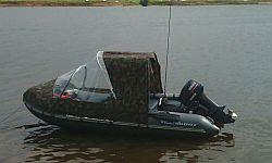 Тент на лодке